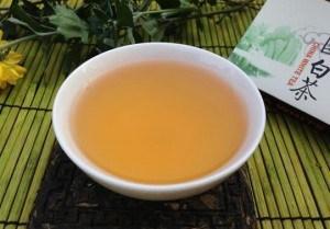 ceai alb