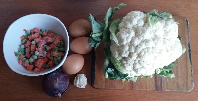 ingrediente pentru orez cu conopidă și curcan